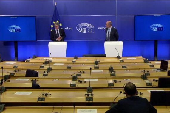 Bilancio europeo e clausola dello stato di diritto. Il potere dei sovranisti blocca l'Unione Europea?